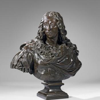 D'après Antoine COYSEVOX (Lyon 1640 - Paris 1720) Louis II de Bourbon dit Le Grand Condé (1621-1686) Epreuve en bronze à patine médaille d'après le bronze de Coysevox, Susse Fondeurs. 74 x 70 cm